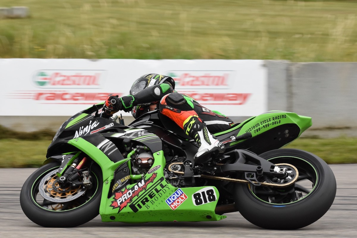 boddy-earns-edmonton-motorcycle-roadracing-association-number-one-plate-at-castrol-raceway