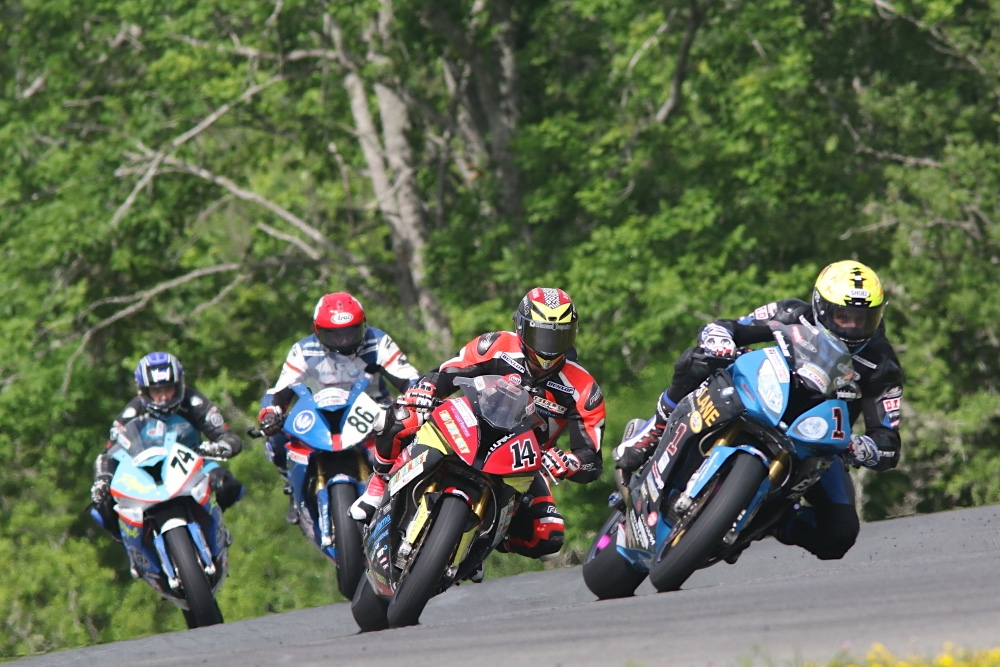szoke-wins-race-one-in-superbike-shaw-o-leary-tops-sport-bike-in-saturday-s-action-at-amp
