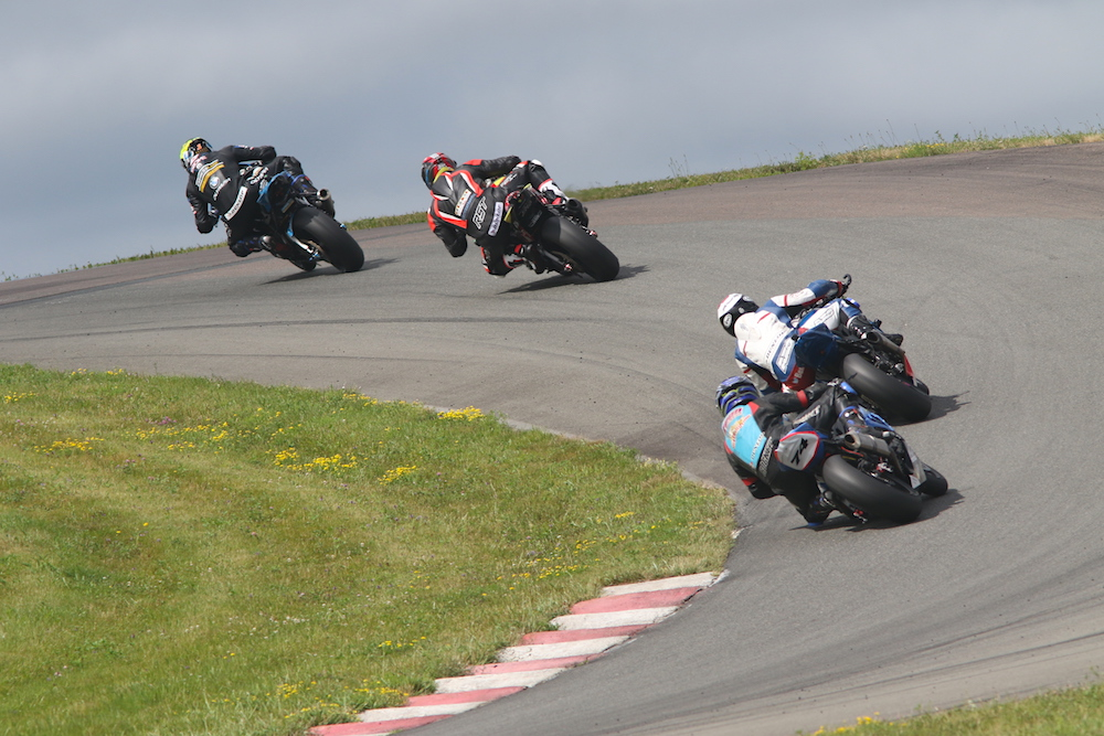 szoke-takes-superbike-race-1-win-saturday-at-amp