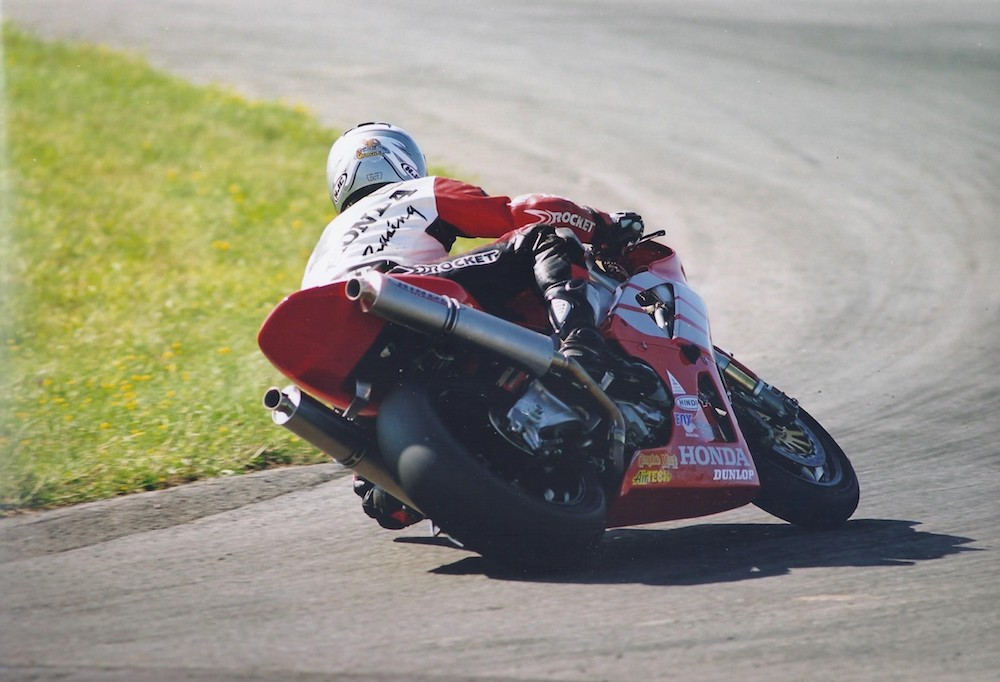 dunlop-continues-spec-tire-deal-for-mopar-csbk-canadian-nationals